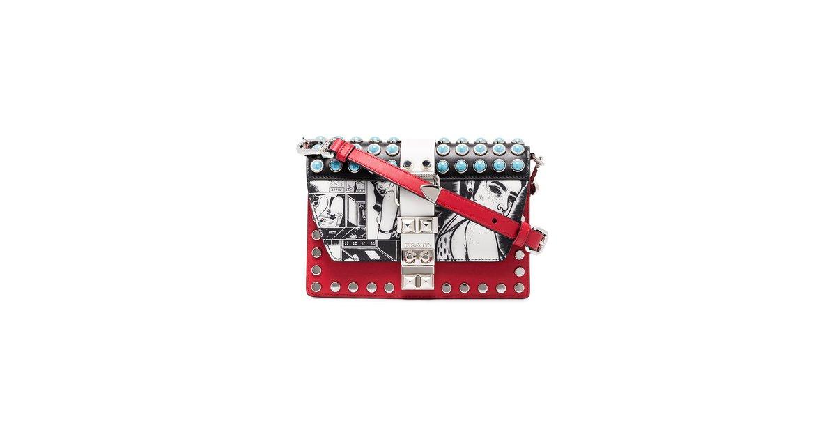 ... Closet the latest  Prada Red cartoon Handbags Leather Red ref.71332 -  Joli Clos newest 22f4a 65a6d ... 8008fe06a0