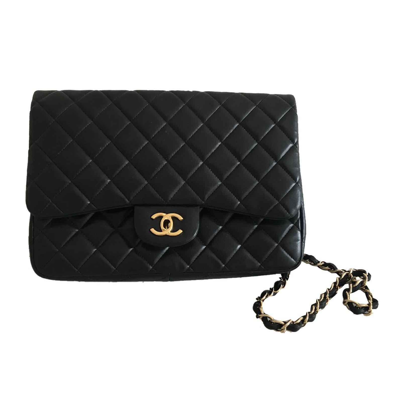 b4754276a5f4 Chanel Timeless Handbags Lambskin Black ref.61695 - Joli Closet